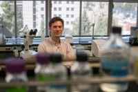 Patrick-Allard-Lab-0841_mid_credit-UCLA Fielding SPH